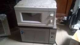 1 tokunbo microwave + 2 new ones with grill (plz read description)