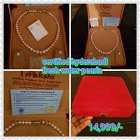 Pearls with certificate
