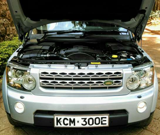 Landrover discovery 4 Nairobi West - image 7