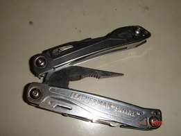 LEATHERMAN Sidekick, pocket multi-functional camping gear,
