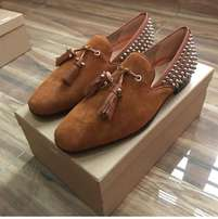 Classic designer footwears for sale