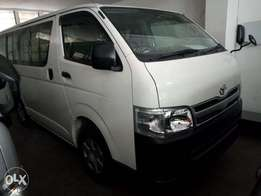 Toyota hiace automatic diesel 2010 model KCP