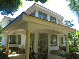 4 Bedroom House, off links road Nyali asking 140,000 per month