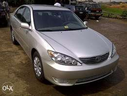 Clean Toyota Camry for sale 2005