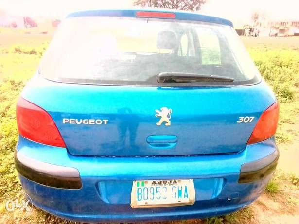 Clean Peugeot 307 for sale Kuje - image 7