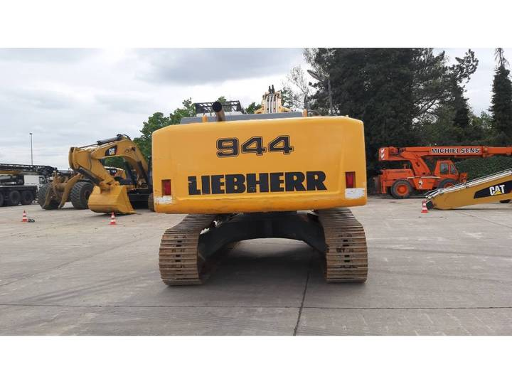 Liebherr R 944C LC - 2016 - image 6