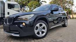 Bmw x1 new shape premium selection Si DRIVE 18i edition FULL LEATHER