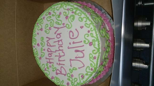 Birthday cakes, end of year cakes, Christmas cakes, list is endless... Nairobi West - image 1