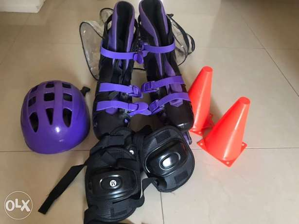 skating shoes with set