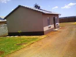 three bedroom house to rent in Protea Glen Ext 26, R4000 wall & gate
