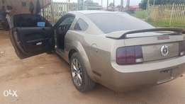 Clean Ford Mustang 2006 For Sale