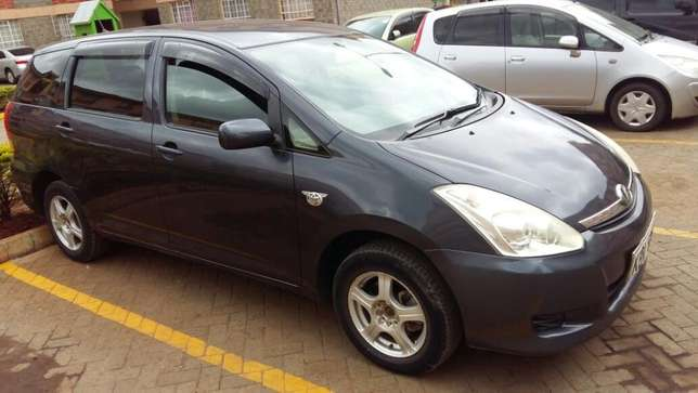 Toyota wish very clean Nairobi CBD - image 2