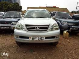 Land cruiser lexus