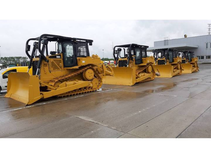 Caterpillar D 6 R 2 (4pc) - 2016