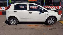 Fiat Grande Punto 1.2Lt accident damaged car for SALE!!!
