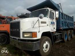 Tokunbo Mack CH tipping truck for sale