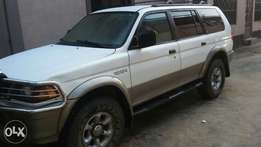 Clean Mitsubishi Montero Sport(NEGOTIABLE)
