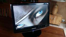 "Samsung 17"" Wide Screen Lcd Monitor –R500 Plz Read"