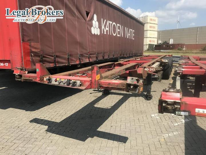 "Van Hool 3B0070 40"" Containerchassis (75140-317)"