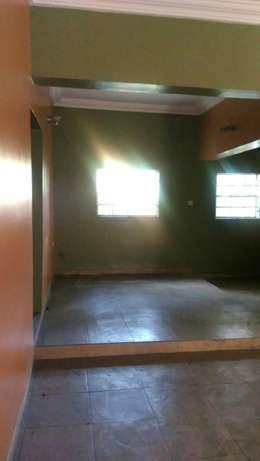 Complete tastefully finished 3bed room flat in woji. Port Harcourt - image 2