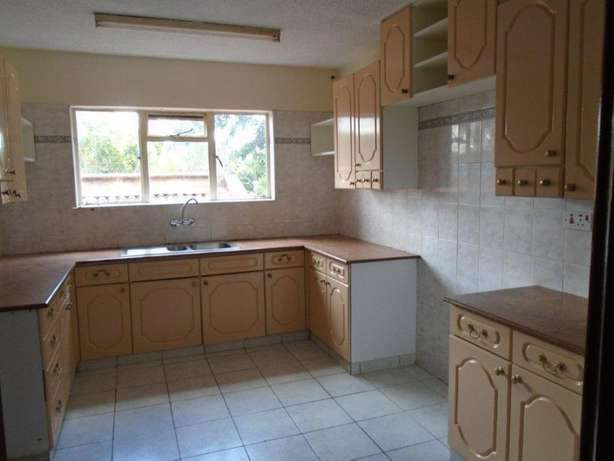 Beautiful 4 bedroom town house to let - Lavington Nairobi CBD - image 2