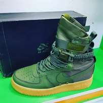 Nike Special Field Air Force 1 Sneakers - Green