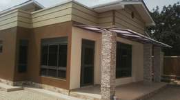Luxurious 3bedrooms,2toilets brand new crib for sale in kira at 250m