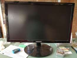 "Brand new samsung 19"" lcd screens"