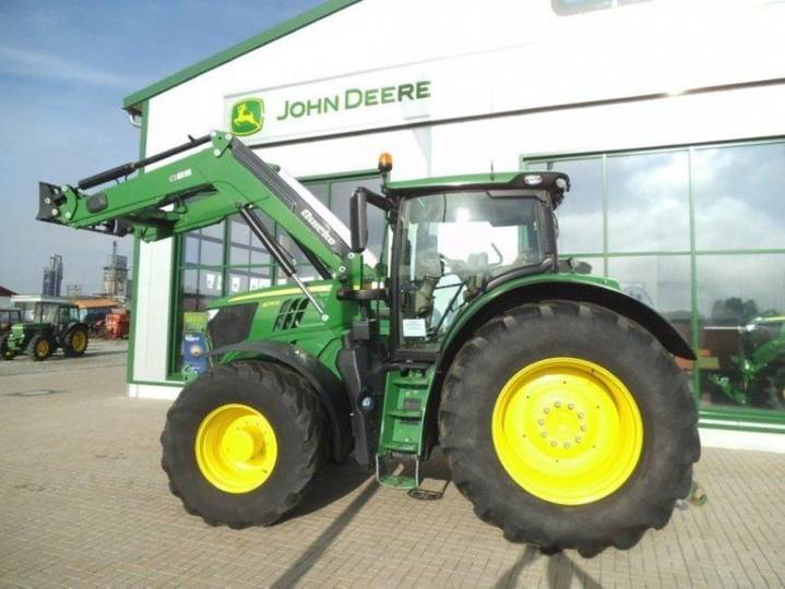 John Deere 6215 R - 2015