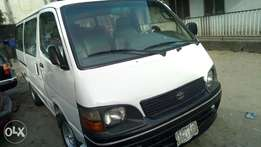 Extreemely sound Toyota hiace bus with 2RZ ENGINE