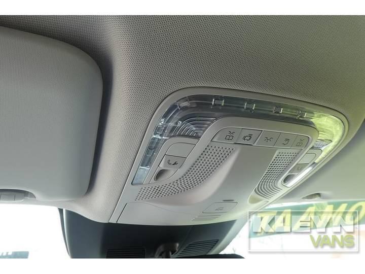 Mercedes-Benz V-KLASSE 220 CDI lang led 8-persoons - 2018 - image 16