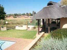 Weltevreden Park-2 Bedroom Ground Floor Apt (Private Garden) To Let