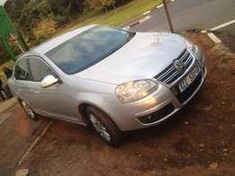 2009 jetta 5 2.0 silver in color with 94000km mannual R105000
