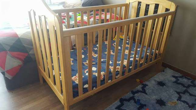 Mamas and Papas Cot/Toddler Bed Linden - image 1