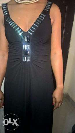 Captivating Black WALLIS Gown, adorned with FRONTAL Stones. SIZE 14 Wuse 2 - image 6
