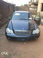 Foreign used mercedes benz C200 for sale