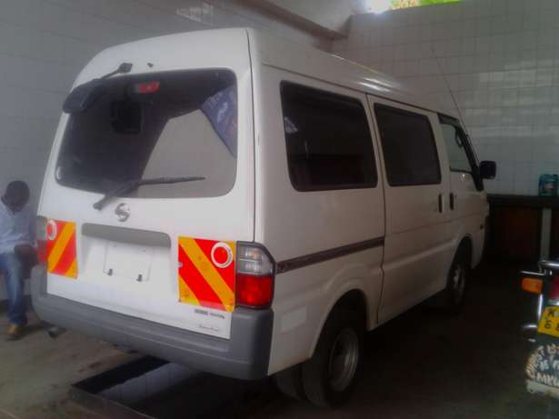 Nissan Vanette manual diesel at less Embakasi - image 3