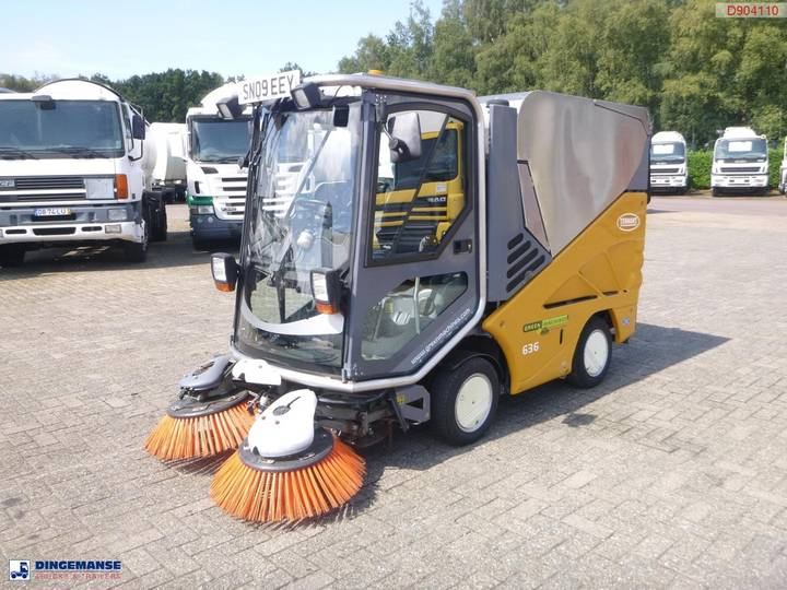 Applied Sweeper  Green machine 636 - 2009