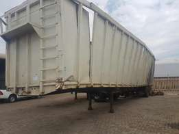 2010 Tri axle Moving floors