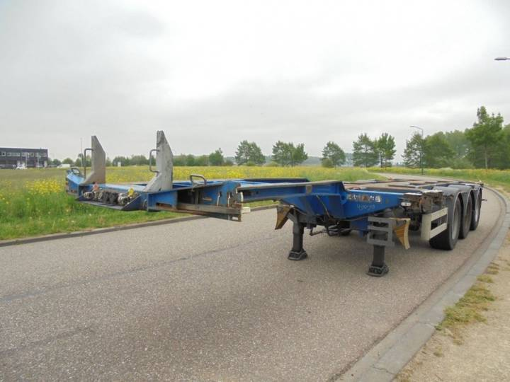 Pacton 3-Axle Chassis / Extendable / BPW Axles / Liftaxle / NL / - 2008