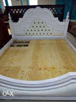 An antique 5*6 bed Brand new