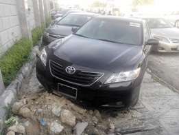 Sparkling Clean Toyota camry (xle) 4 sale in lekki for 3.4m Negotiable