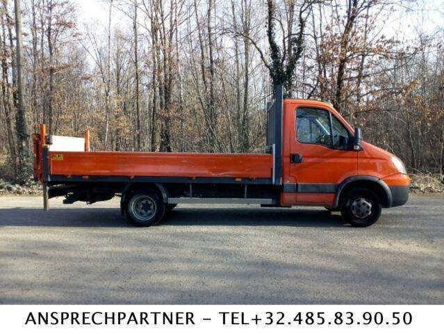 Iveco DAILY : ladebordwand - 2011