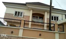 2 Bedroom Flat Upstairs, Osapa London, Lekki