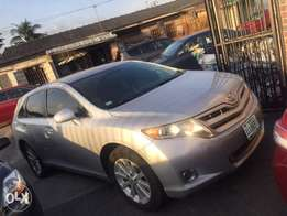 2010 Toyota Venza(Accident Free/Just Like Tokunbo)