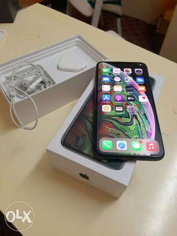iPhone XS Max 256gb with warranty 90% battery health