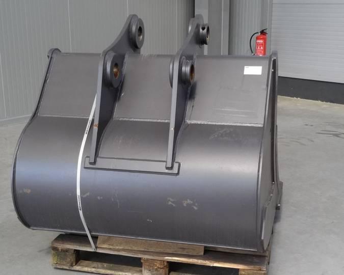 Case CX210/ MB600 - 2016