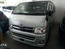 Toyota hiace automatic diesel 2011