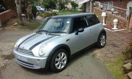 Mini Cooper 1.6 with GPS system