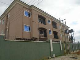 A well finished 1 & 2 bedroom flat at rukpokwu, ample parking space